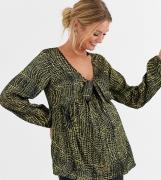 Influence Maternity— Satinbluse med krokodilleprint-Multifarvet
